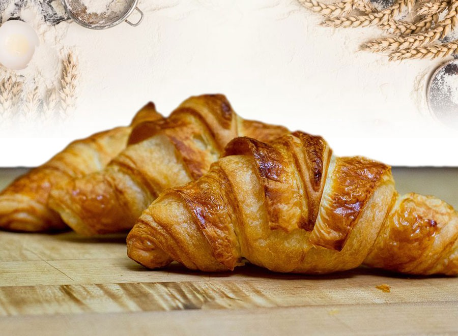 https://thefrenchovenbakery.com/wp-content/uploads/2021/02/croissants.jpg